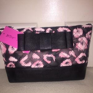 Betsey Johnson cosmetic bag, NWT